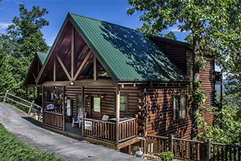 bear ridge 4 bedroom pet friendly cabin Sevierville by Acorn Ridge Cabin Rentals