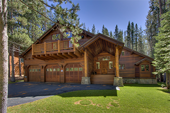 lauras lodge 5 bedroom pet friendly cabin south lake tahoe by Tahoe Luxury  Properties