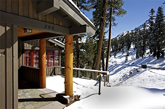 perle du bois 6 bedroom pet friendly cabin south lake tahoe by Pyramid Peak Properties