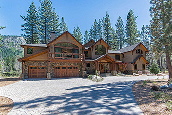 river estate 4 bedroom pet friendly cabin south lake tahoe by Luxury Retreats